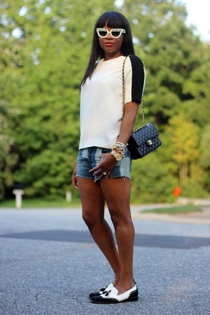 Joes Jeans shorts - Prada sunglasses - Zara top