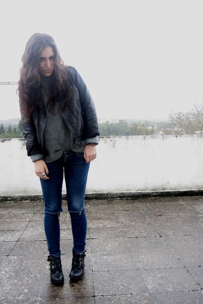 black Stradivarius jacket - black Primark boots - periwinkle vintage jumper - bl