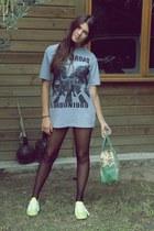 fluor Adidas shoes - print Fun & Basics bag - Calzedonia panties