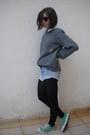Shorts-vintage-jumper-converse-sneakers