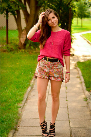 light brown H&amp;M shorts - hot pink Secondhand sweater - black Zara sandals