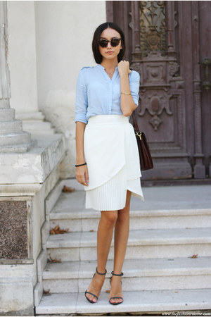 skirt - shirt - bag - sandals