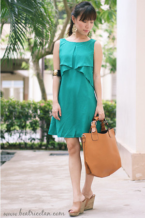 silk cotton Jaynelles dress - faux leather JasModa bag - new look wedges