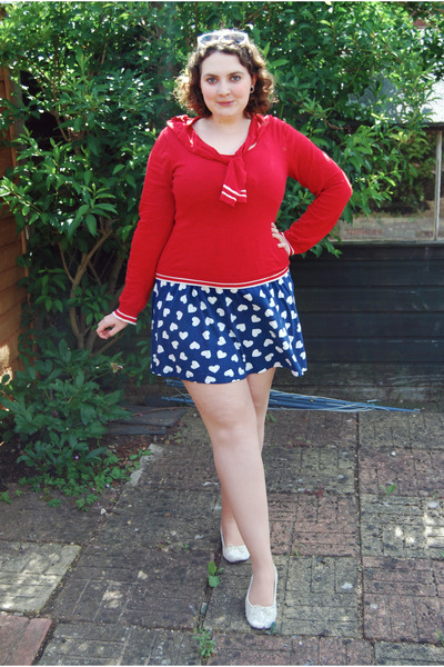 red nautical Topshop sweater - blue heart print Zara dress