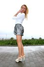 Silver-accessories-white-blouse-grey-skirt-white-heels