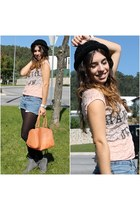 carrot orange plastic New Yorker bag - light orange lace Bershka top
