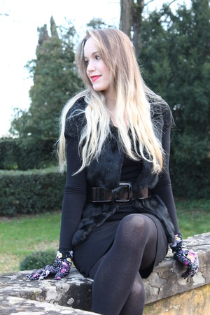 black Corin dress - black Flavio Castellani belt - black Kenzo gloves
