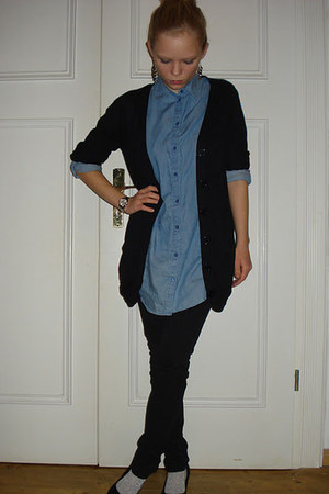 blue H&M shirt - silver H&M socks - black New Yorker cardigan - black H&M pants