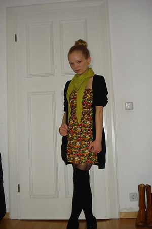 yellow flea market dress - chartreuse flea market scarf - black socks
