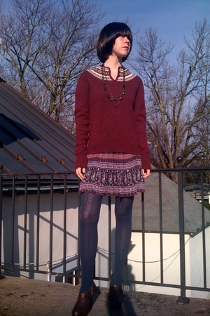 red vintage sweater - red Forever21 skirt - blue Walmart tights - brown GoJane b