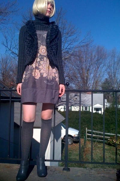 gray Target sweater - gray Forever21 vest - gray Forever21 dress - gray Walmart