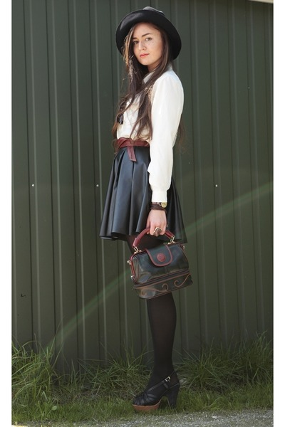 ivory silk second hand shirt - dark brown second hand bag - brick red leather se