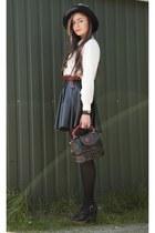 ivory silk second hand shirt - dark brown second hand bag - brick red leather se