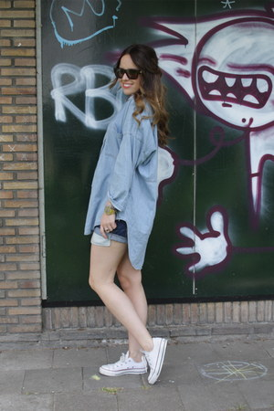 denim Levis shorts - denim Zara blouse