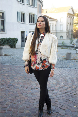 white vintage vest - floral Zara blouse