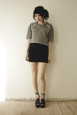 heather gray Cheap Monday sweater - black sandals