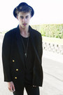 Black-thrifted-vintage-boots-black-black-top-hat-friends-hat
