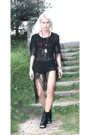vintage dress - RVCA shorts - Wittner boots