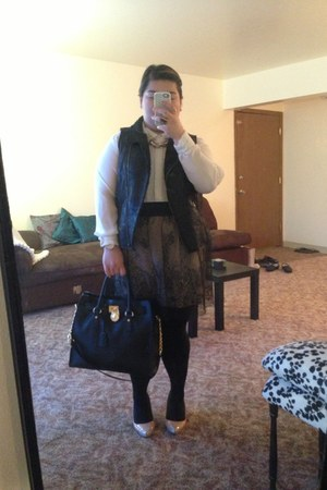 black Michael Kors purse - black Fred Meyers stockings