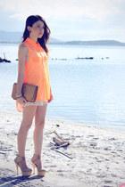 carrot orange shirt - tan bag - off white shorts - tan pumps