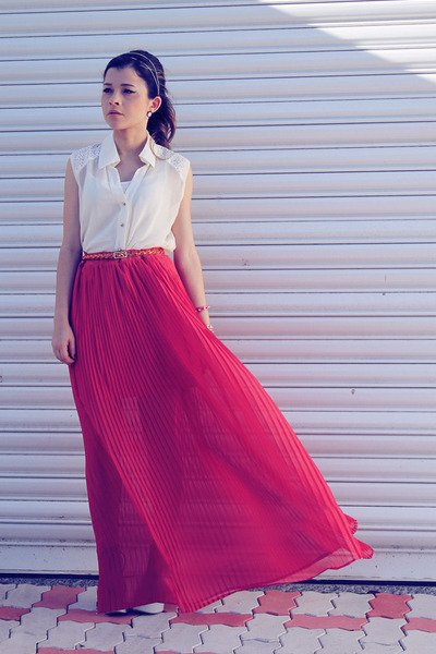 hot pink skirt - eggshell shirt - orange belt