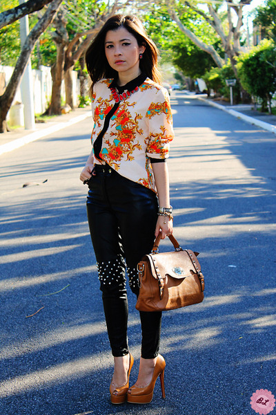 bronze bag - black pants - carrot orange blouse - camel pumps