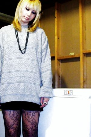 silver vintage sweater - gray H&M tights - black homemade skirt