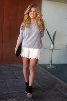 pearls Primark sweater - black Mango bag - beige Zara shorts