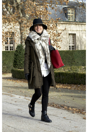 choiescom boots - Bershka coat - Michael Kors bag