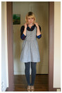 Tan-forever-21-shoes-heather-gray-urban-outfitters-dress-navy-target-shirt