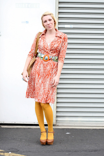 vintage dress - Forever 21 tights - Anthropologie belt - luluscom heels
