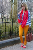 BDG jeans - Forever 21 shirt - Forever 21 scarf - J Crew bag - J Crew flats