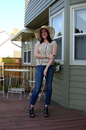 Urban Outfitters hat - Urban Outfitters blouse - YMI jeans - Nine West shoes - E