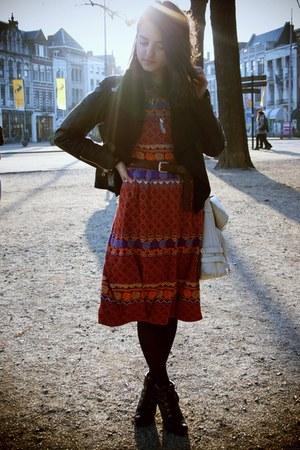 dark brown lace up diana boots - ruby red folk printed vintage dress - black lea