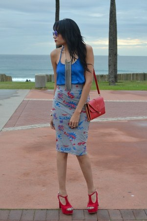 blue cotton on top - heather gray comic strip Boohoo skirt