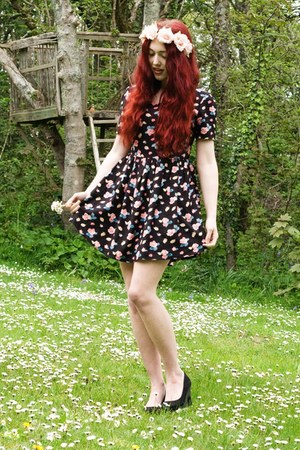 pins  needles dress - floral headband accessories - wedges