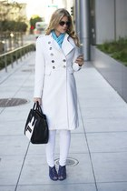 white TART Collections coat - white Guess pants