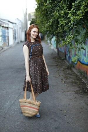 blue denim vintage shoes - brown floral vintage dress