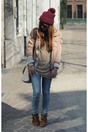 blue skinny Levis jeans - magenta beanie Zara hat - light pink parka H&M jacket