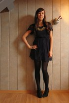 navy Topshop dress - black Zara heels - navy YSL ring - gold H&M necklace
