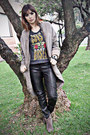 Boots-heich-coat-cos-pants-h-m-t-shirt