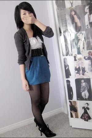 sweater - dress - belt - shoes - stockings