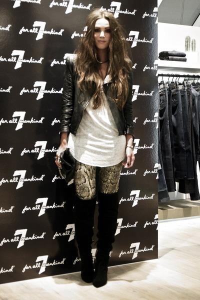 black overknee boots Zara boots