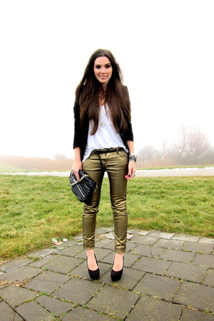 black H&amp;M heels - gold Mango jeans - black Zara blazer