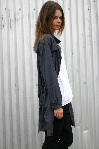 trench KBF jacket - drop back asos t-shirt - drop crotch Izzue pants