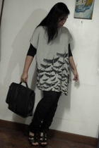 gray t-shirt Bleach Catastrophe t-shirt - black Aldo shoes