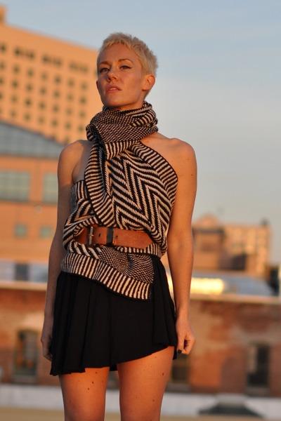 VOZ clothing scarf