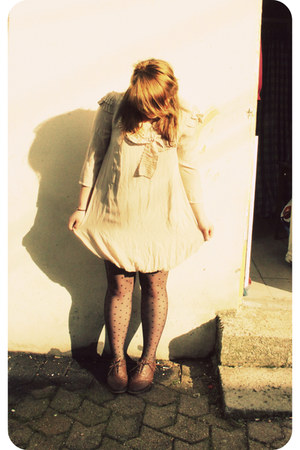 eggshell paulettes Vero Moda dress