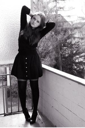 black asos tights - black 5th Avenue heels - black asos top - black H&M skirt