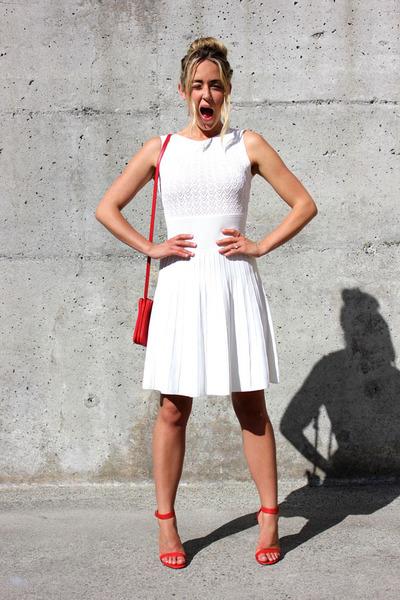 white bodycon bcbg max azria dress